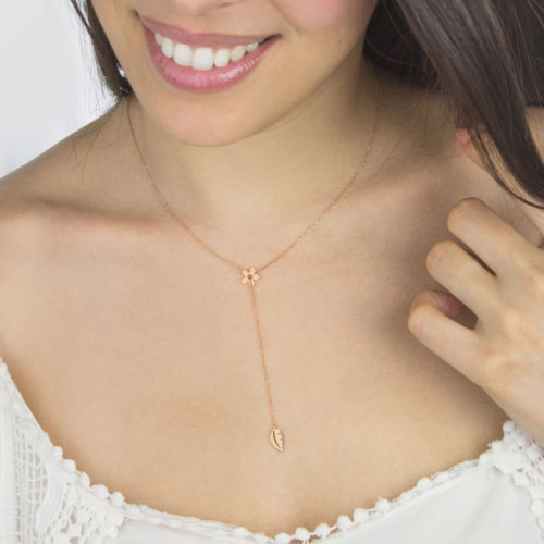 Lariat and Y Necklaces